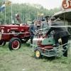 Glimmende traktoren en machtige machines op Velder